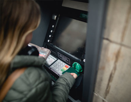 Getting money out of a cash machine