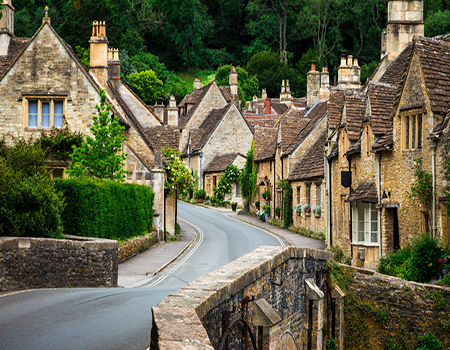 Traditional idyllic English countryside village