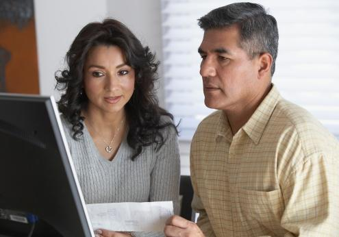 Couple setting up joint account